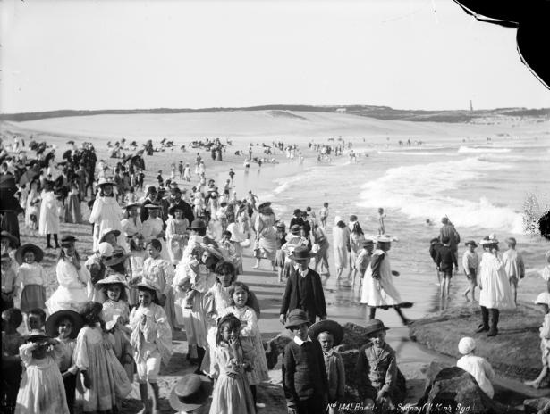 Anna Kochetkova: Bondi beach